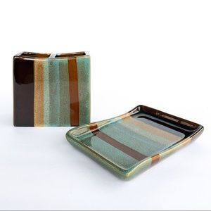 Ceramic Toothbrush Holder and Soap Dish Set.